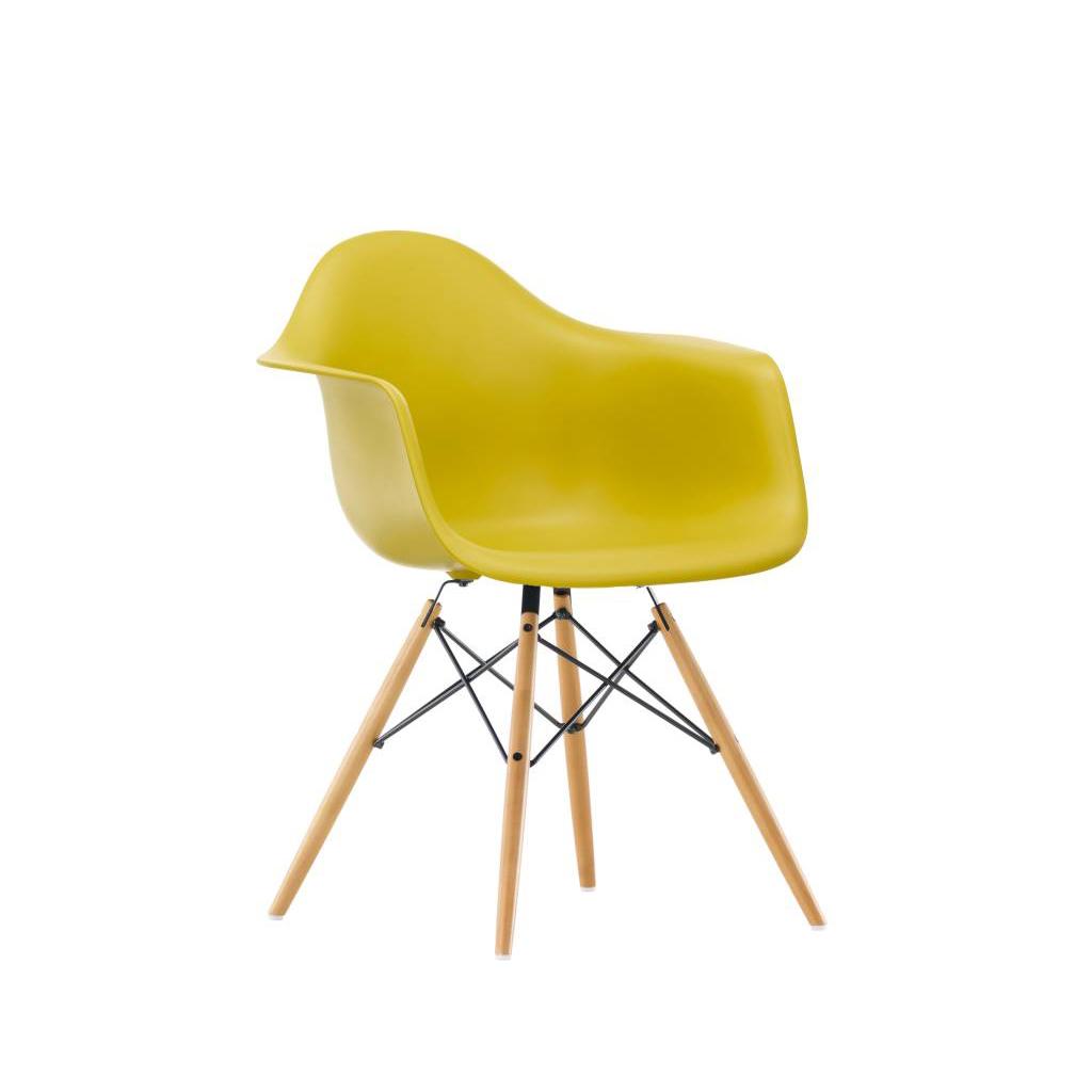 Vitra Eames Plastic Armchair DAW